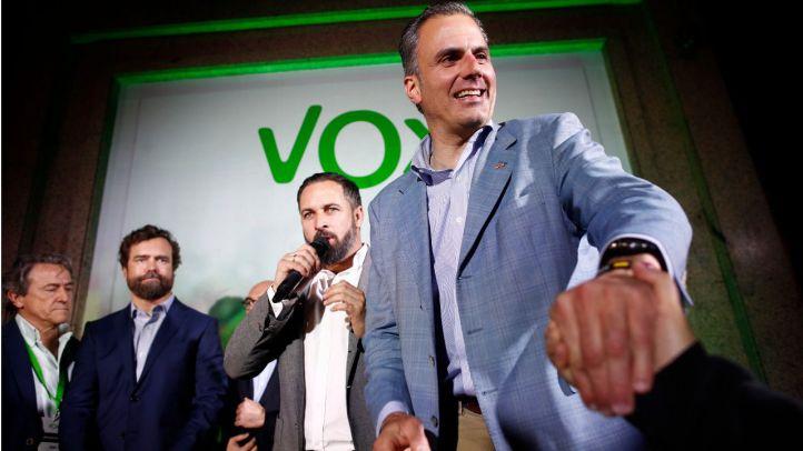 Vox hace público su acuerdo con el PP pero rompe con Almeida por incumplirlo