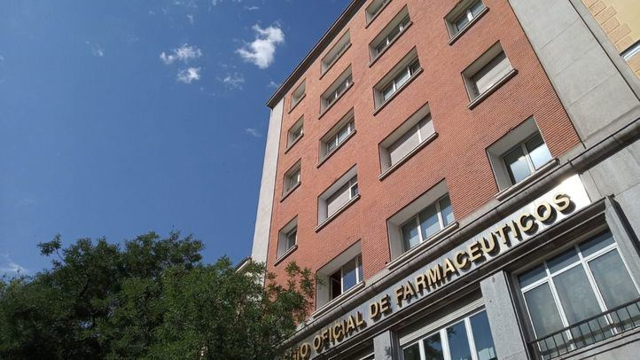 Los farmacéuticos madrileños empezarán a cobrar los medicamentos a los afectados por el aceite de colza el 1 de julio ya que la Comunidad de Madrid lleva un año y medio sin abonarlos.