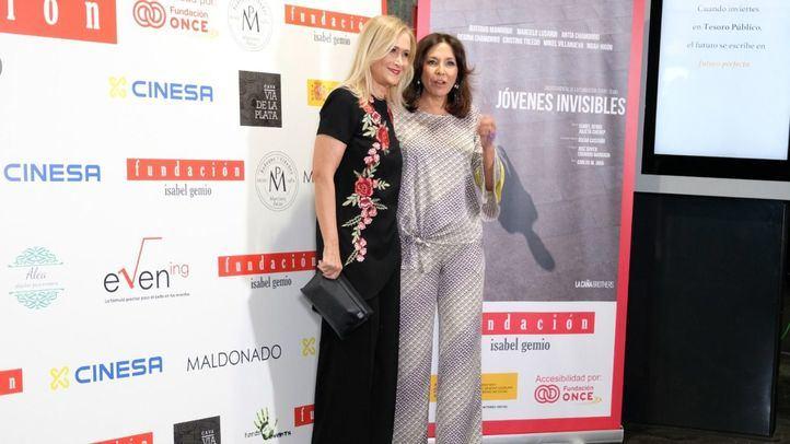 Cristina Cifuentes, expresidenta de la Comunidad, e Isabel Gemio.