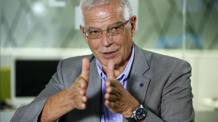 Borrell renuncia a Europa para seguir como ministro