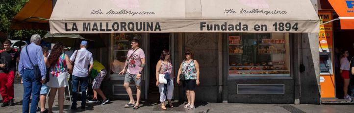 El director general de la Mallorquina, Ricardo Quiroga, ha presentado los actos del aniversario y la relación de la pastelería con la ciudad de Madrid.