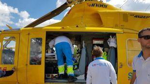 El niño ha sido trasladado en helicóptero al hospital de La Paz.