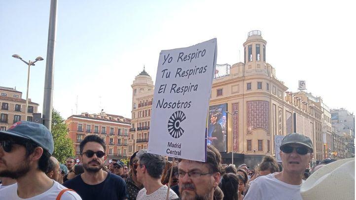 Miles de personas salen a la calle a defender el modelo de Madrid Central