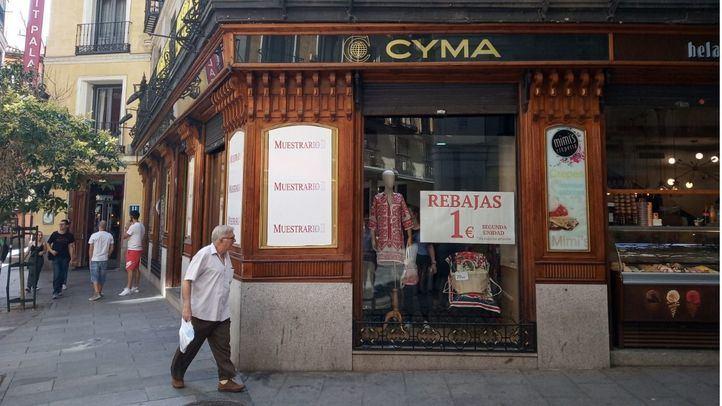 La emblemática Joyería Cyma se convierte en una tienda de ropa.