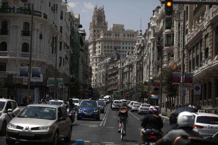 Sube el tráfico más del 5% en la ciudad y la contaminación supera el límite permitido