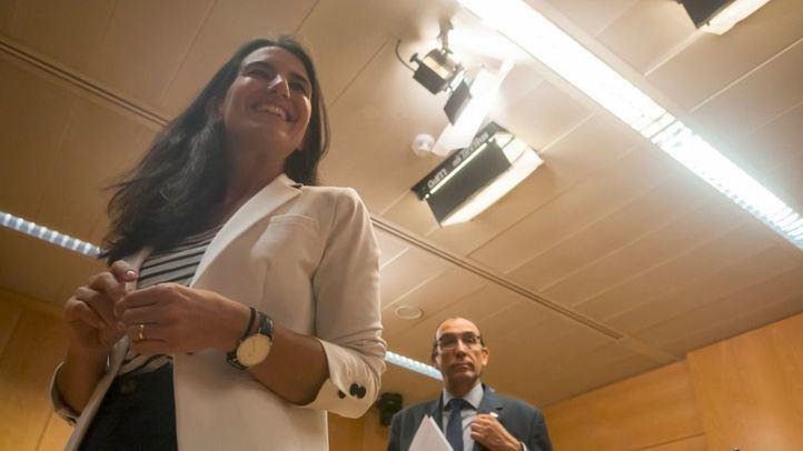Vox se levanta de la mesa de negociaciones en Murcia y presiona en Madrid para llegar a un acuerdo programático.