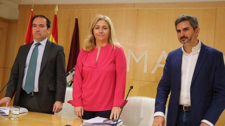 Borja Carabante, Inmaculada Sanz y José Aniorte en la Junta de Gobierno.