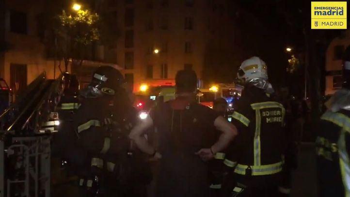 Intoxicadas por humo nueve personas a causa de un incendio en Chamberí