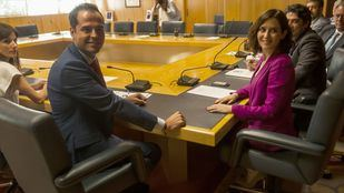 Díaz Ayuso y Aguado cierran un acuerdo que Vox considera 'vergonzoso'