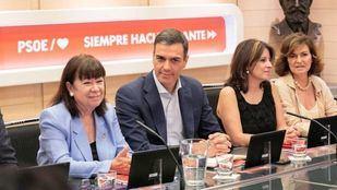 Desde Ferraz respaldan el gobierno 'monocolor' que pretende formar Sánchez y que no incluye a miembros de Unidas Podemos, mientras que los de Iglesias mantienen su exigencia.