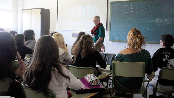 Las aulas madrileñas tendrán 800 profesores más el próximo curso
