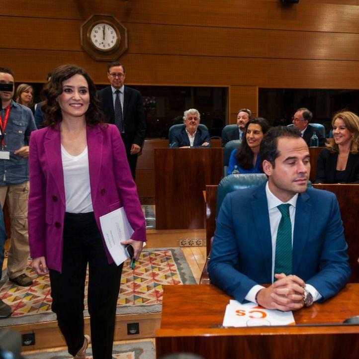 Ayuso propone otra vía para llegar a un acuerdo: recoger los compromisos en el diario de sesiones del Pleno de investidura