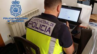 La organización ha defraudado más de un millón de euros anuales que blanqueaban posteriormente a través de la compra-venta de criptomonedas.