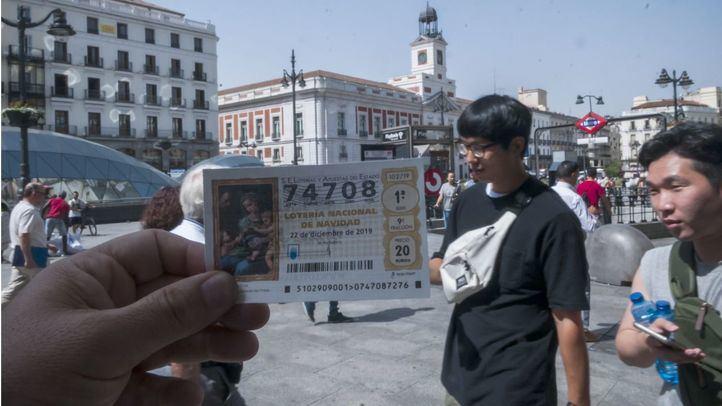 Comienza la venta de décimos de Navidad en Doña Manolita