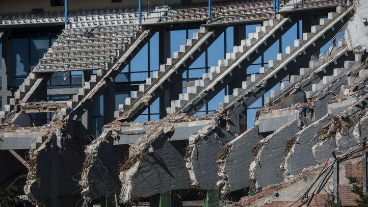 Obras de demolición del Estadio Vicente Calderón.