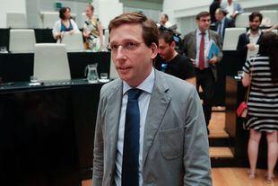 Almeida carga contra Más Madrid sobre el posible desvío de más de 400 millones de euros en la regla de gasto