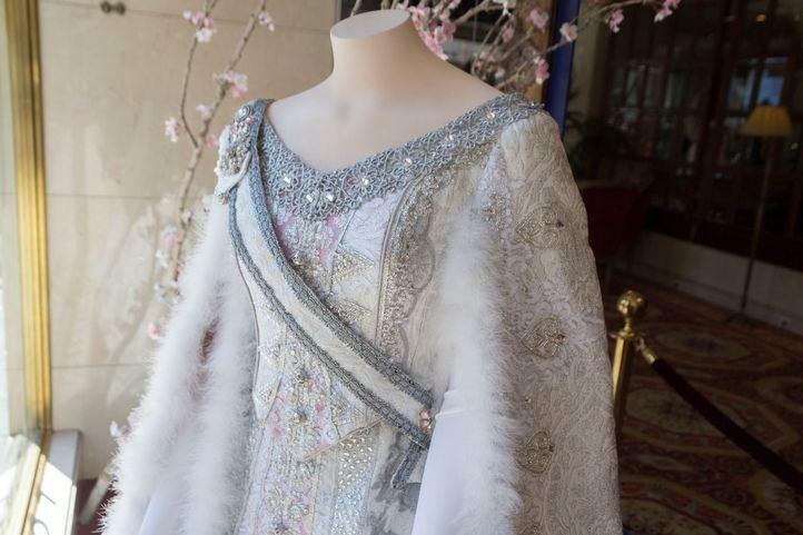 Exposición del vestuario del musical Anastasia.