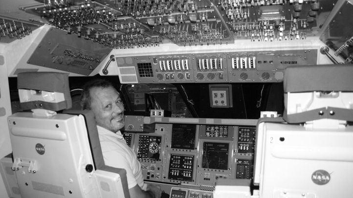 Exjefe de Operaciones y subdirector del Complejo de Comunicaciones Espaciales, y participante español en la misión Apolo XI.