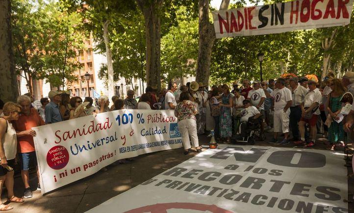 'Camas cerradas, esperas aumentadas': la Marea Blanca denuncia que el dolor no sabe de verano