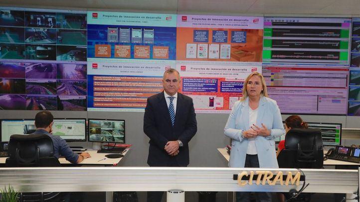 La consejera en funciones de Transportes, Vivienda e Infraestructuras, Rosalía Gonzalo, presenta avances en el sistema multimodal de transporte público.