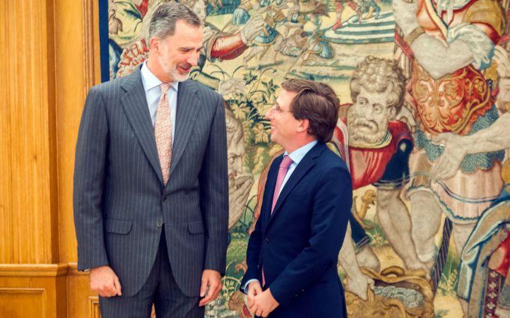 Almeida traslada a Felipe VI los 'desafíos' de Madrid para los próximos cuatro años