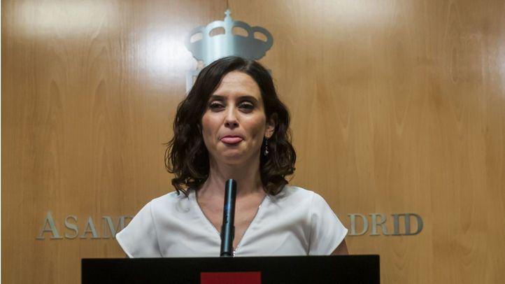 La candidata del PP a la Presidencia de la Comunidad ha tuiteado un polémico artículo sobre la homosexualidad más propio de Vox.