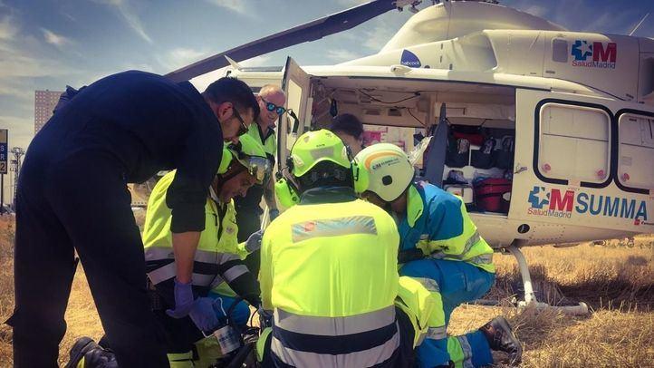 Herido grave al caer desde 7 metros cuando revisaba una gotera en Algete