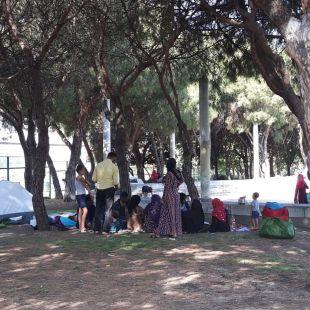 Realojados los sirios acampados frente a la mezquita de la M-30
