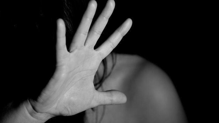 016. Teléfono de atención a víctimas de violencia de género. Es gratuito y no deja rastro en la factura telefónica.