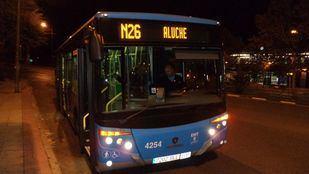 Autobús nocturno búho de la EMT. Línea N-26. Aluche.