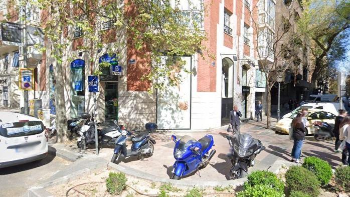 Confluencia entre las calles Ayala y Velázquez