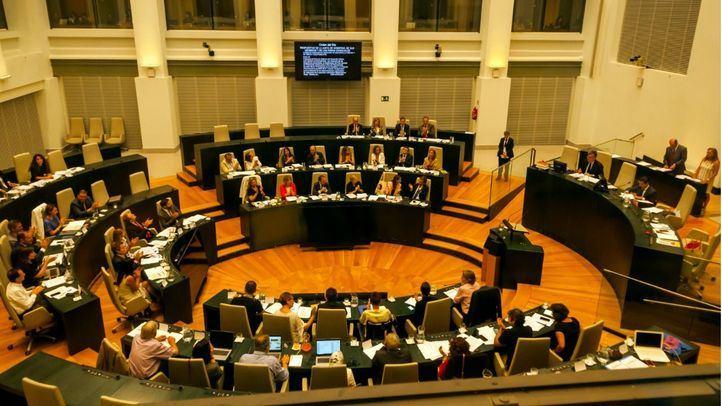 Momento en el que el Pleno del Ayuntamiento de Madrid aprueba por unanimidad Madrid Nuevo Norte