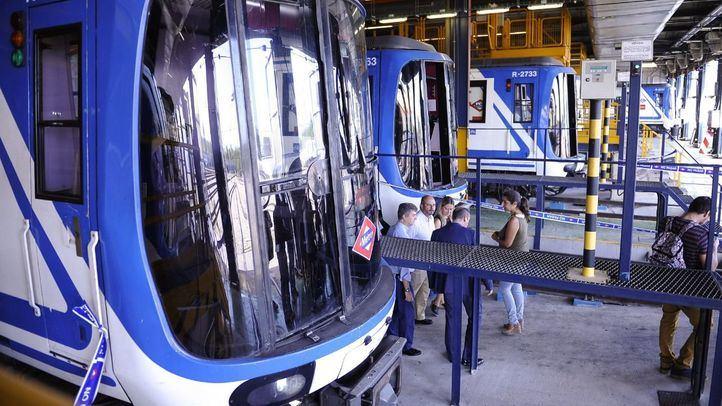 Trenes CAF 2000-B en los talleres centrales de Metro de Madrid.