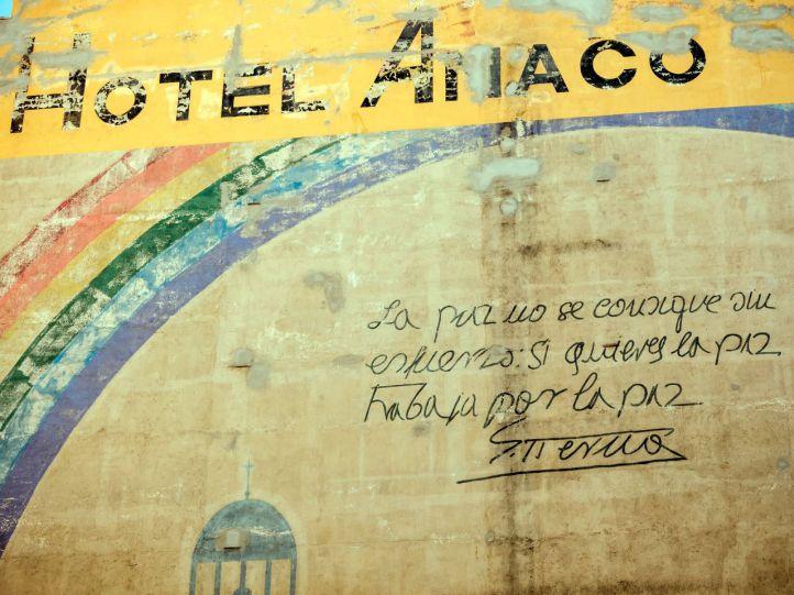El futuro incierto del mural por la paz de la plaza del Carmen