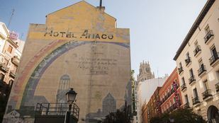 El mural, deteriorado por el paso de los años.