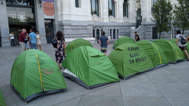 Detenido y a disposición judicial el portavoz de los 'sintecho' tras una fugaz acampada frente al Ayuntamiento