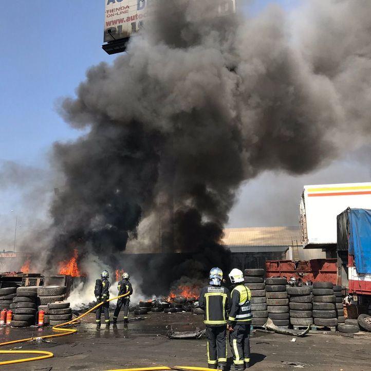 Incendio sin heridos en una chatarrería de Leganés