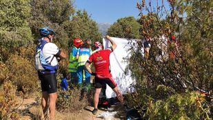 El grupo de ciclistas ha practicado la RCP a su compañero hasta la llegada de los servicios sanitarios.