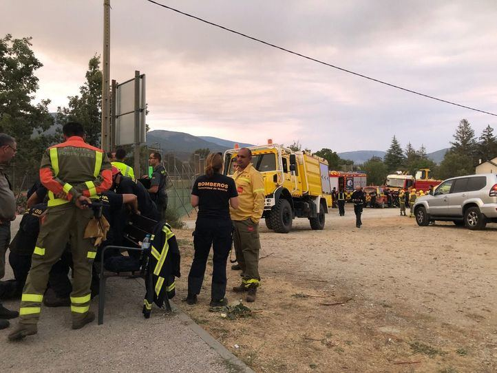 El muro de contención en Rascafría evita que el incendio de La Granja penetre en Madrid