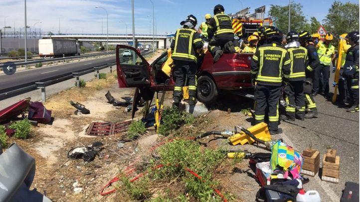 Un muerto y dos menores heridas en un accidente en la M-45