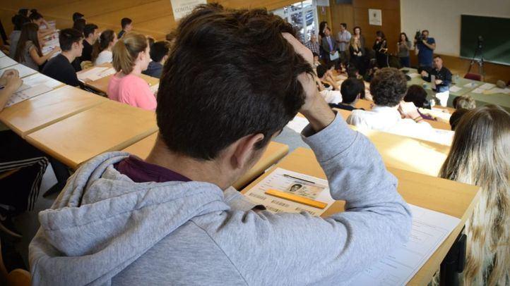 El mercado negro también llega a las universidades
