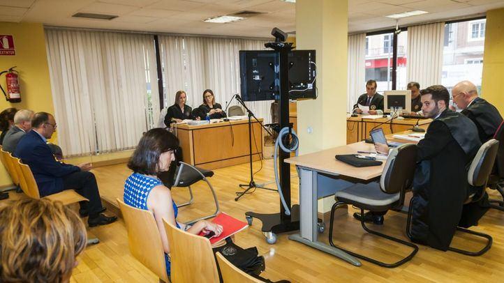 El juez Andrés Sánchez Magro, titular del juzgado, escuchó este miércoles los argumentos federativos y de la patronal de los clubes