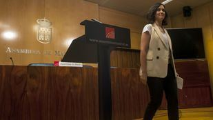 La candidata popular a la presidencia regional ya ha negado las acusaciones .