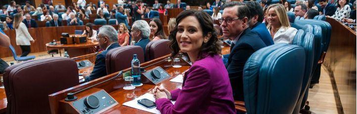 Guiños al pasado, a Cs y a Vox: el discurso con el que Ayuso será presidenta