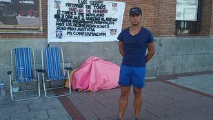 El torero Luis Gerpe, en huelga de hambre frente a Las Ventas por una oportunidad