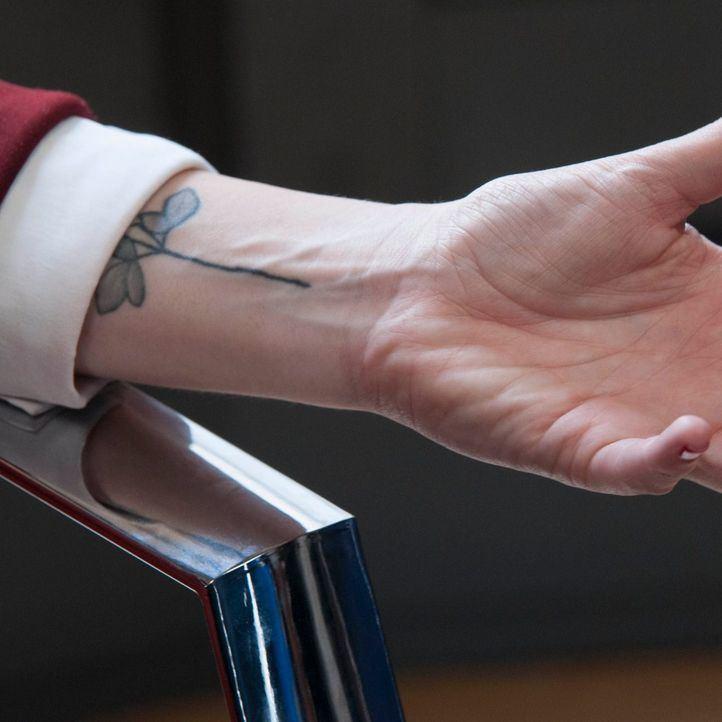 ¿Qué lleva tatuado en el brazo Díaz Ayuso?