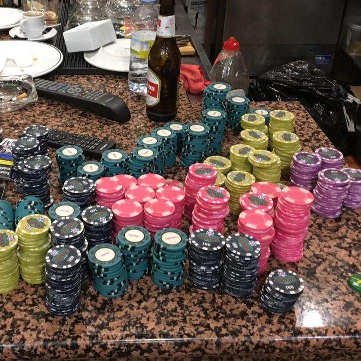 Desmantelado un club clandestino que organizaba timbas de póker ilegales