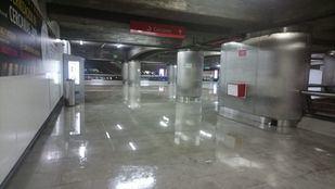 La estación de Metro de Príncipe Pío, cortada por inundación durante la tormenta.