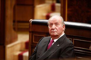 El Rey Juan Carlos ya camina y hace rehabilitación cardiorrespiratoria