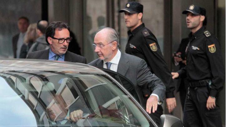 Rodrigo Rato sale de la Audiencia Nacional después de prestar declaración como imputado en el caso de las tarjetas opacas de Cajamadrid en una foto de archivo.